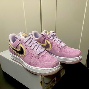 Woman's Air Force 1